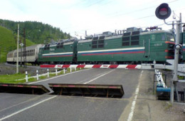 Смоленская Госавтоинспекция напомнила о правилах переезда через ж/д пути