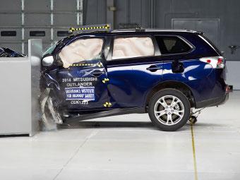 Американцы назвали самые безопасные машины года