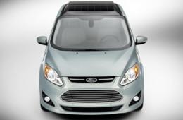 Гибридный «Форд» C-Max оснастили солнечными батареями