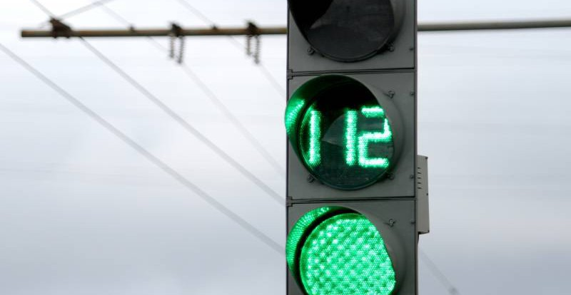 В феврале на перекрестке Дзержинского-Кашена установят светофоры
