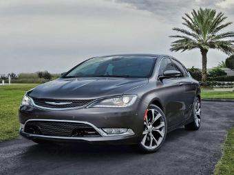 Chrysler 200 нового поколения рассекретили перед дебютом