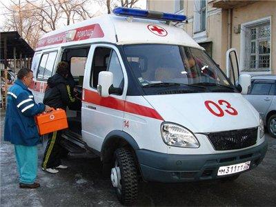 Водитель «Лады», налетев на стоявший МАЗ, покалечился вместе с юным попутчиком