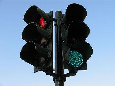 Следить за работой светофоров и дорожной разметкой будет новое предприятие