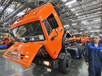 Сборку машин для политиков доверят трем автозаводам