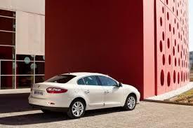 Renault представляет новый современный седан