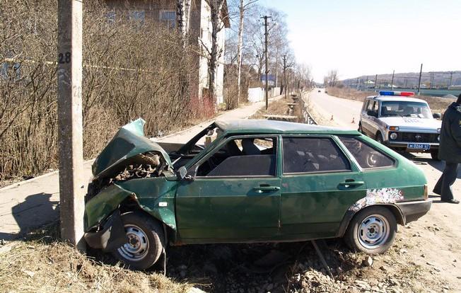 В результате серьезной аварии, погибла 19-летняя девушка.