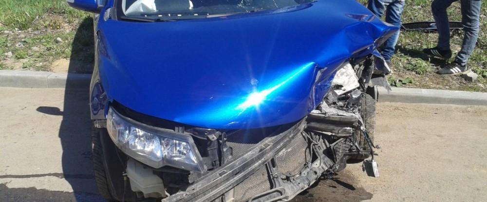 Халатность смоленского автомобилиста привела к серьезной аварии.