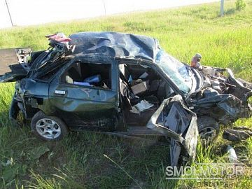 В Смоленской области водитель ВАЗ 2110 не справился с управлением
