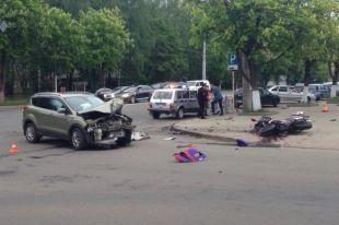 Водитель и пассажирка мотоцикла в Смоленске серьезно пострадали в ДТП