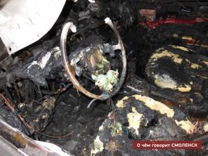 В Смоленске снова сгорел автомобиль