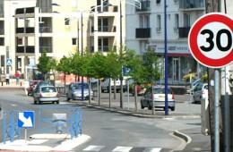 Скорость в городах предложили ограничить до 30 км/ч