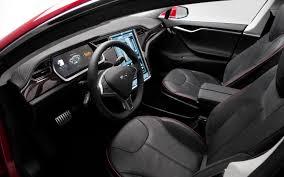 Tesla придумала названия для нового электрического седана