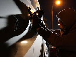 Вязьмич стал свидетелем угона своего авто.