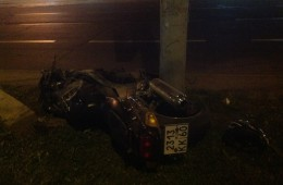 Смолянин на мотоцикле врезался в столб.