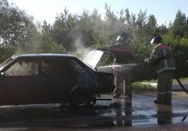 В Смоленской области автомобиль загорелся прямо на ходу.