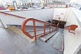 Подземный переход в Смоленске просел