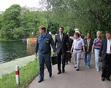 Сотрудники ГИБДД проводят проверки на озерах Смоленщины.