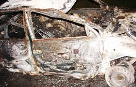 В Ярцево рано утром сгорел автомобиль.