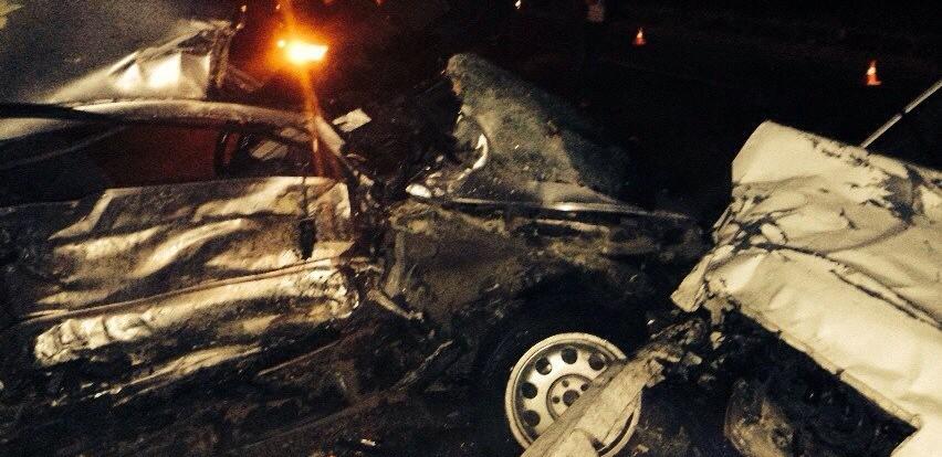 В Смоленске в одном месте случилось сразу два ДТП.