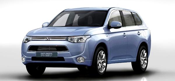 Mitsubishi объявила рублевые цены на электровнедорожник Outlander PHEV