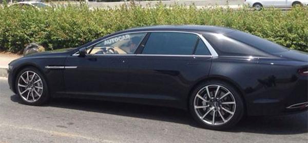 Флагманскую модель Aston Martin заметили на тестах