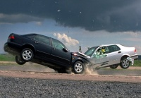 На автодороге под Смоленском столкнулись два автомобиля.