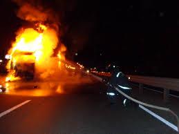 В Смоленской области в загоревшейся фуре погиб водитель.