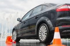 В Смоленске официально работают лишь 28 автошкол.