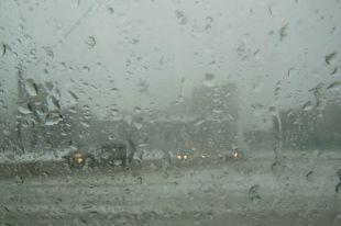 Погода на Смоленщине резко ухудшилась, на дорогах опасно — ГИБДД