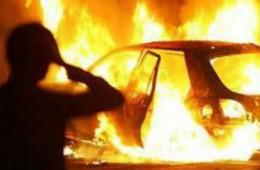 Автоворы, заметая следы, спалили машину, но все равно угодили в руки полиции