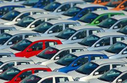 Обвал продаж вынудил автопроизводелей ввести скидки до 20%