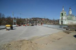 Движение на Крестовоздвиженском мосту возможно откроют 5 апреля.