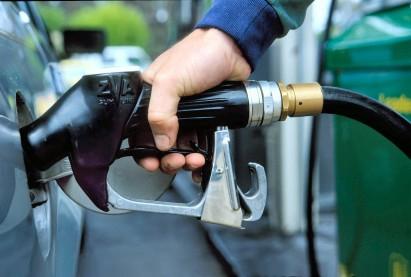 В Смоленске повысили цены на бензин.