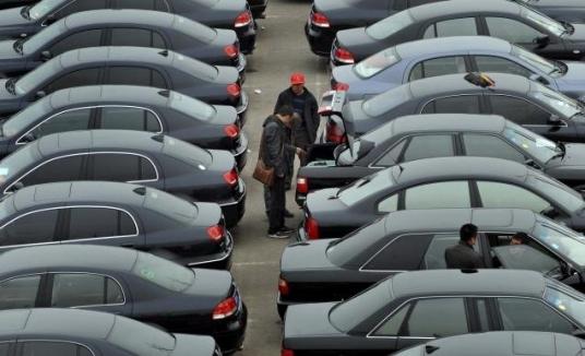 В России цены на подержанные автомобили выросли почти на треть