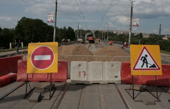 В Смоленске к празднику планируют закончить ремонт дорог на 25 улицах.
