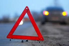 В Смоленской области грузовик опрокинулся в кювет.