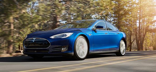 Tesla представила свой самый доступный электрокар