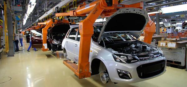 АвтоВАЗ остановит производство автомобилей на время майских праздников