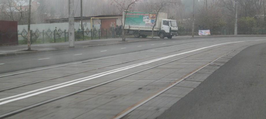 Смоленские дороги и тротуары приводят в порядок.