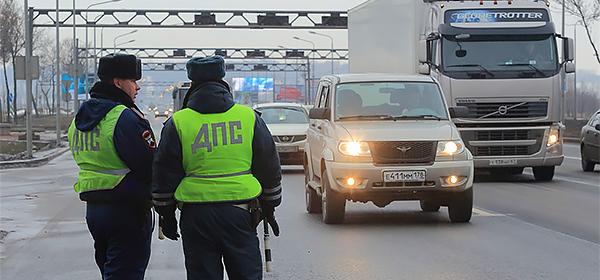 МВД предложило штрафовать за автопробеги на миллион рублей