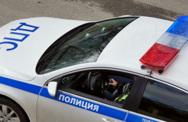 Пассажирка такси пострадала в аварии с двумя автомобилями.