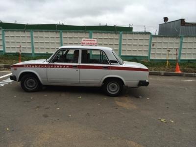 Общественные деятели проверят смоленские автошколы.