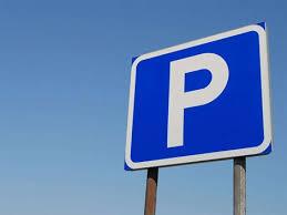 В центре города начали возведение парковки