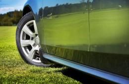 Почему более шумные летние шины?