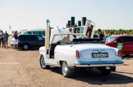 Выставка ретро-автомобилей в эту субботу на парковке ТРЦ Галактика!