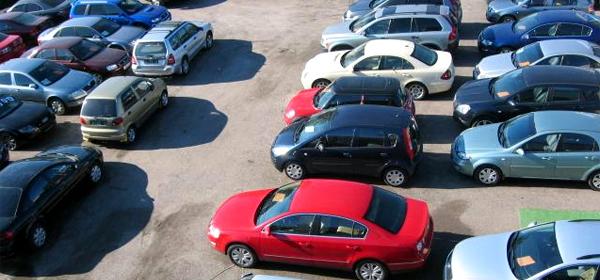 В России продажи подержанных автомобилей упали на 15,9%