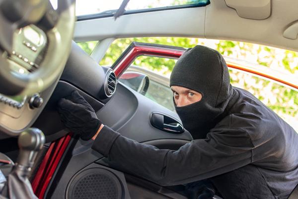 Как реально обезопасить свой авто от угона?