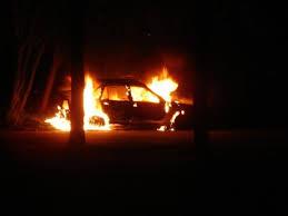 В Ельне сгорел отечественный автомобиль.