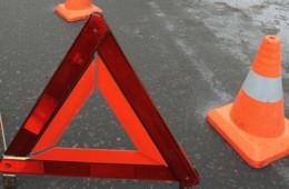 В Смоленске женщина на переходе попала под колеса автобуса.