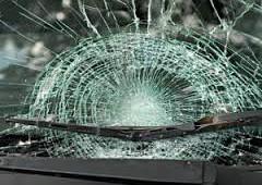 В области мужчина опрокинул своё авто в кювет.